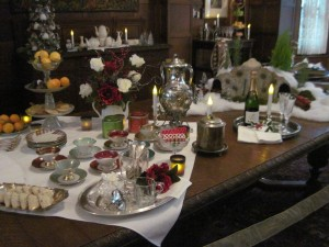 table-tea-set-and-champagne